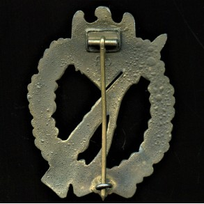 Infantry assault badge in bronze badge by Friedrich Orth