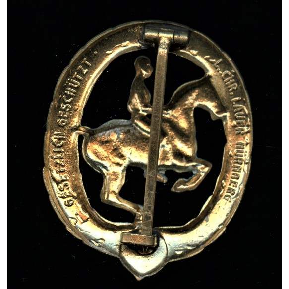 Horseman's badge in gold by Chr. Lauer