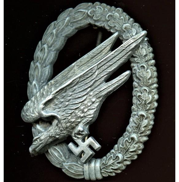 Luftwaffe paratrooper badge by Steinhauer & Lück