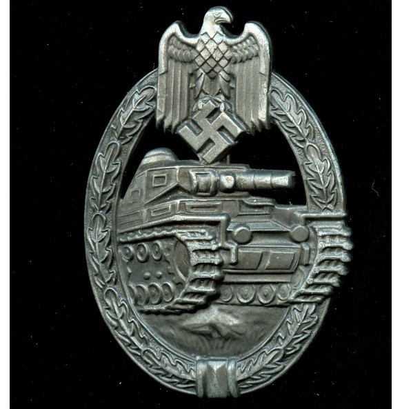 Panzer assault badge in bronze by Frank & Reif