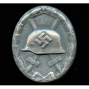 """Wound badge in silver """"semi hollow type"""" by Fritz Zimmermann """"L/24"""""""