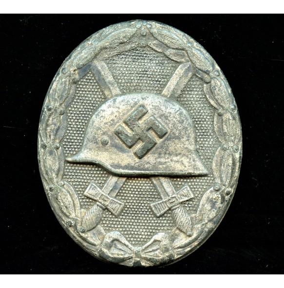 "Wound badge in silver by Hauptmünzamt Wien ""30"""