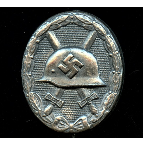"Wound badge in silver by Oberhoff & Cie ""81"""