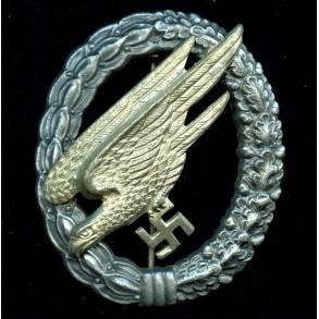 Luftwaffe paratrooper badge by Friedrich Linden