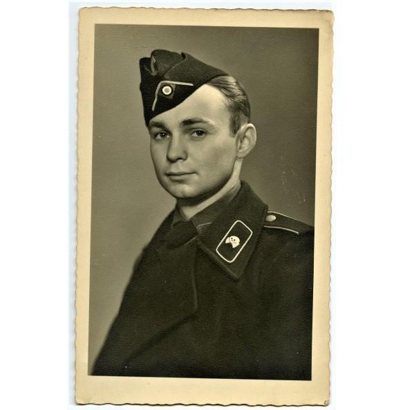 Private portrait panzer crew member in black wrapper
