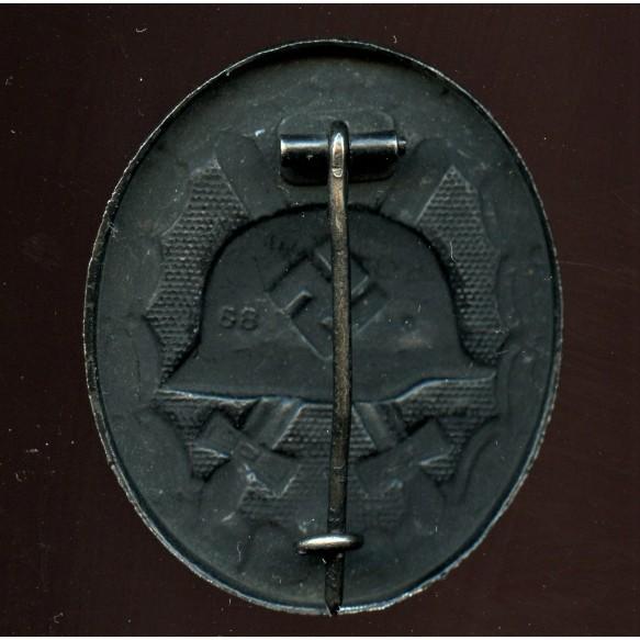 "Wound badge in black by Werner Redo ""88"""