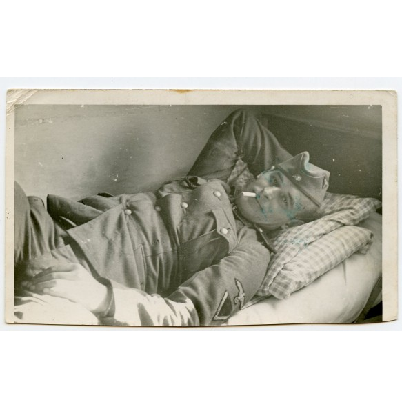 Private photo SS-VT member in bed