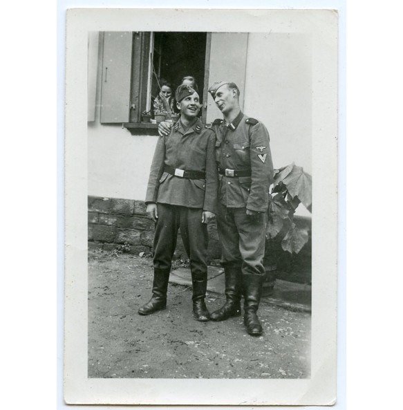 Private photo two brothers, Luftwaffe and SS unit.