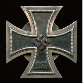 """Iron cross 1st class by Schauerte & Höhfeld, scerwback """"L/54"""""""