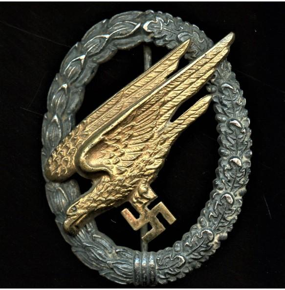 Luftwaffe paratrooper badge by Brüder Schneider A.G.