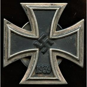 "Iron cross 1st class by Paul Meybauer ""L/13"" screwback variant"