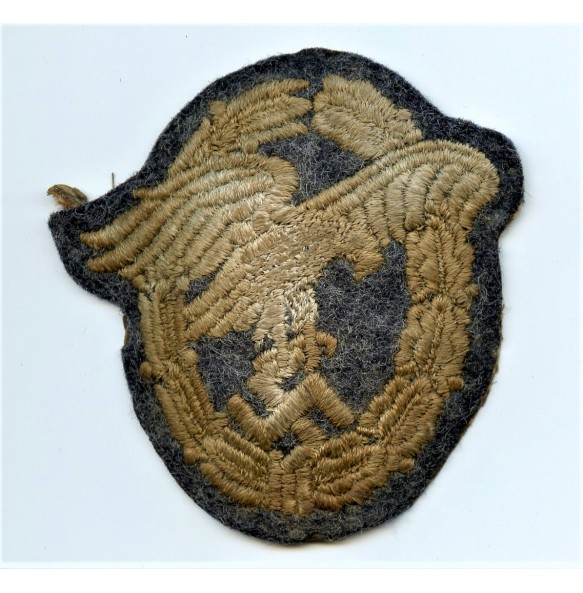 Observer badge in cloth, padded