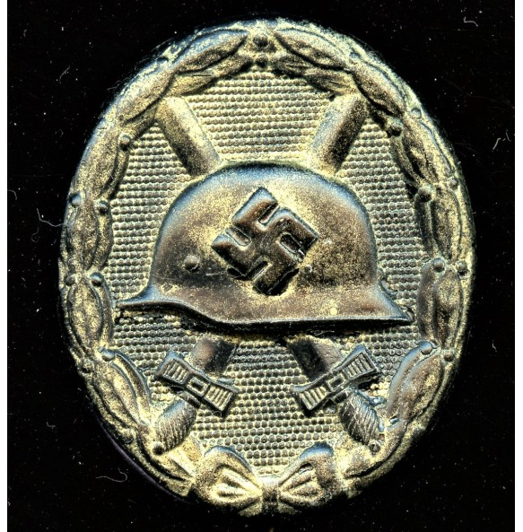 Wound badge Wound badge in gold by Oberhoff & Cie