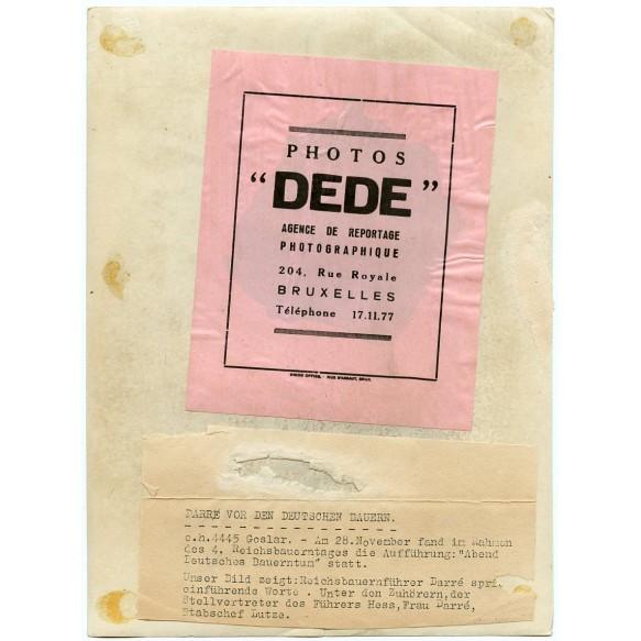 """Period press photo """"Darr vor den Deutschen Bauern"""" with Rudolf Hess and wife"""