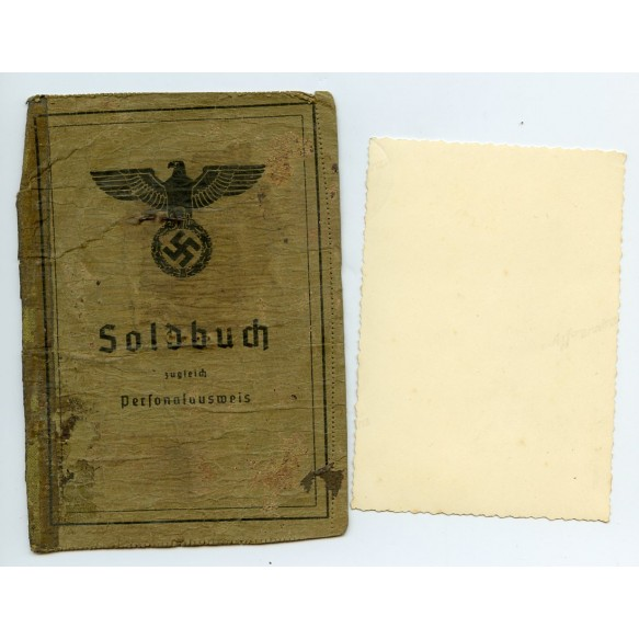 Soldbuch front page with photo