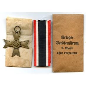 War Merit Cross 2nd class w/o swords by Deschler & Sohn + package