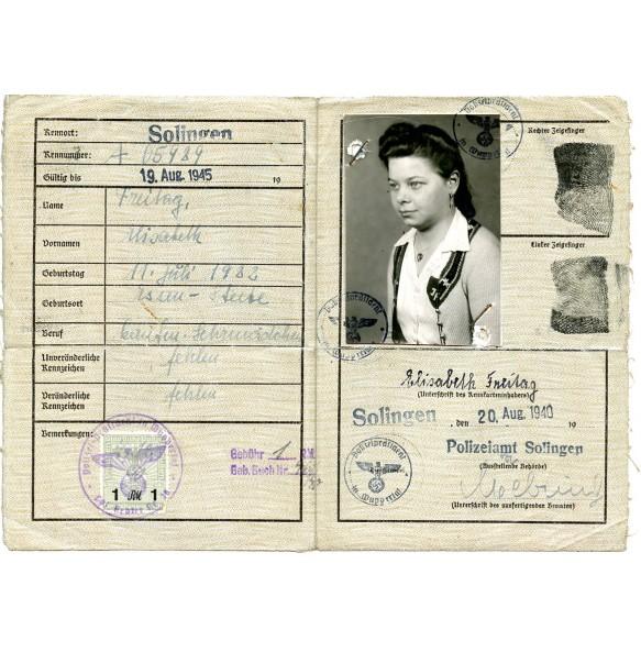 Civil license to Elisabeth Freitag from Solingen.