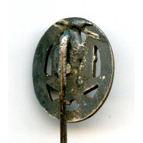 General assault badge 16mm miniature
