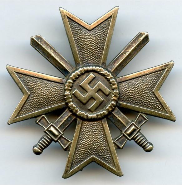 War merit cross 1st class with swords by Kerbach & Österhelt