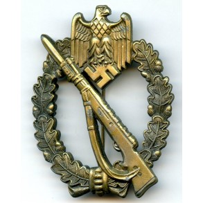 Infantry assault badge in bronze by M.K.3