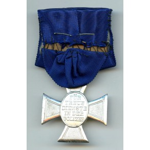 Police 18 year service medal, single mounted