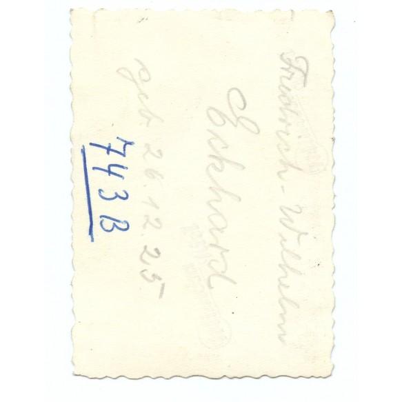 Passport photo to SS Sturmgeschütz Hitlerjugend crew member