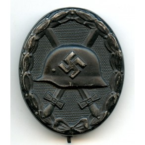 """Wound badge in black by Rudolf Bergs """"39"""""""