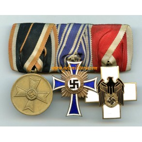 Medal bar with mother cross and welfare cross Else Schmidt