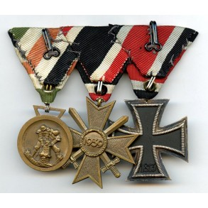 3 place EK2 medal bar with Afrika medal, Austrian mount