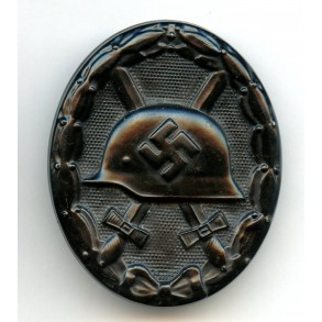 Wound badge in black by unknown maker, MINT