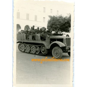 Private snapshot tropical FAMO troop transporter