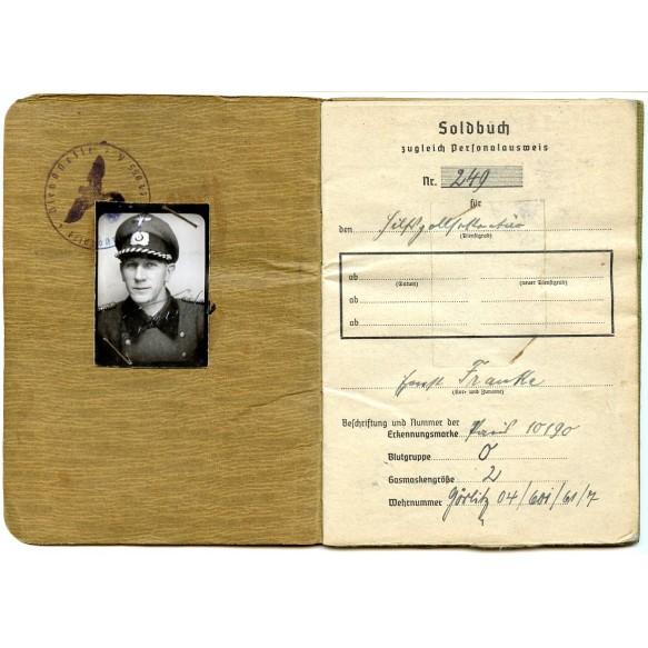 Soldbuch to customs officer H. Franke, Paris, Bordeaux,... KVK2 + photos