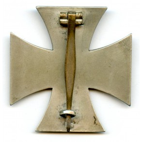 "Iron cross 1st class by W. Deumer ""L/11"""