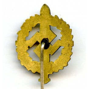 SA sport badge in gold miniature