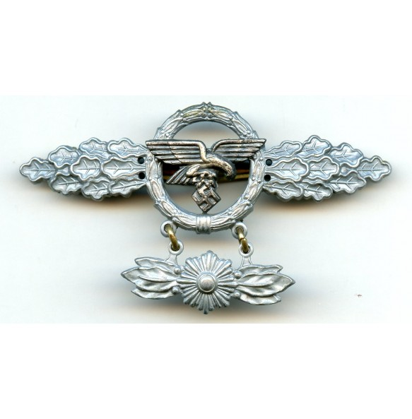Luftwaffe transporter clasp in gold with hanger by F. Orth