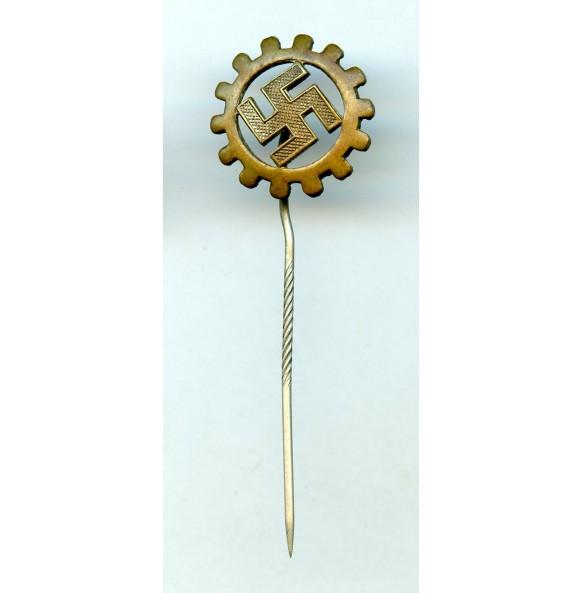 DAF membership pin, pre RZM