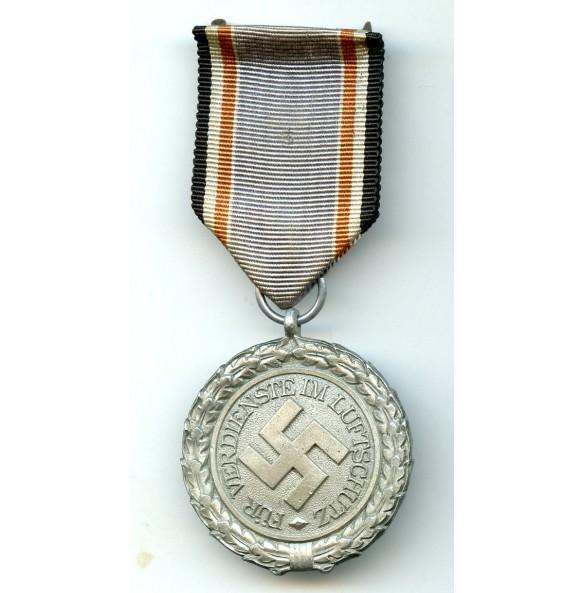 Luftschutz medal 2nd class