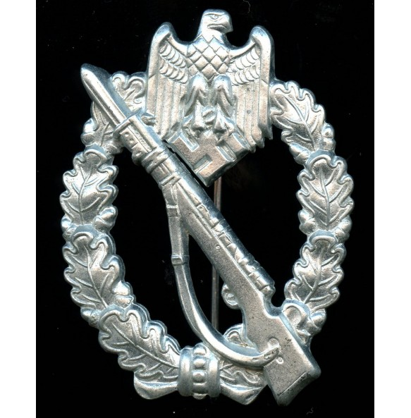 Infantry assault badge in silver by ShuCo, STEEL variant