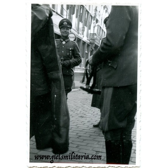 Private snapshots General with Knights Cross of the War Merit Cross winner in Breda, Holland 26.3.1944