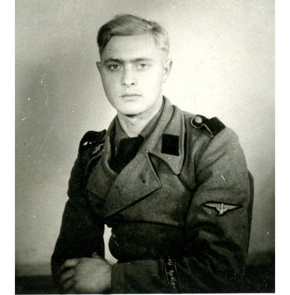 Private snapshot/portrait LSSAH Sturmgeschütz member
