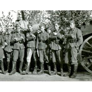 """Private snapshot wehrmacht with gas masks """"B-wagen besatzung"""""""