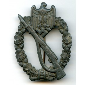 """Infantry assault badge in silver by Josef Bergs & Co. """"JB&Co"""""""