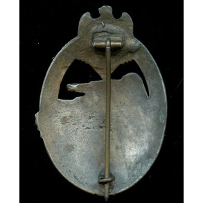 "Panzer assault badge in bronze by Steinhauer & Lück ""vertical crimp"""