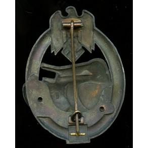 Panzer assault badge in bronze 50 assaults by Gustav Brehmer