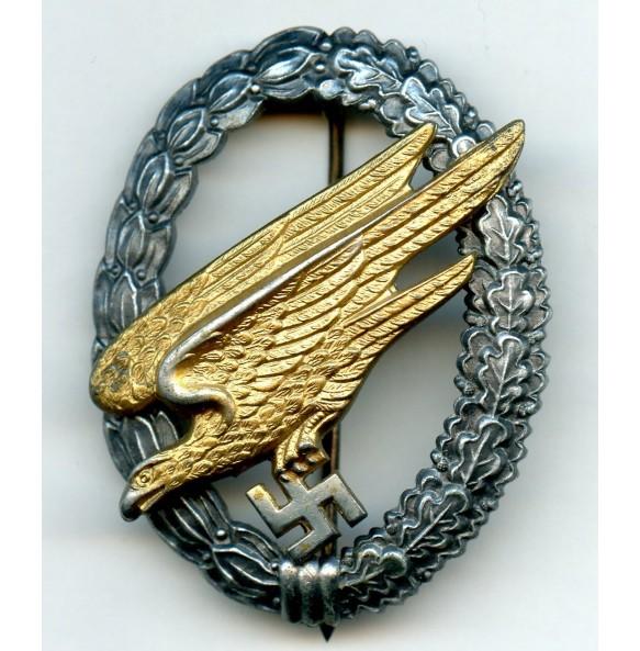 Luftwaffe paratrooper badge by Berg & Nolte