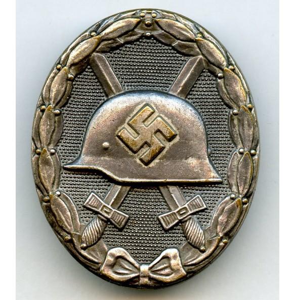 Wound badge in silver by Steinhauer & Luck