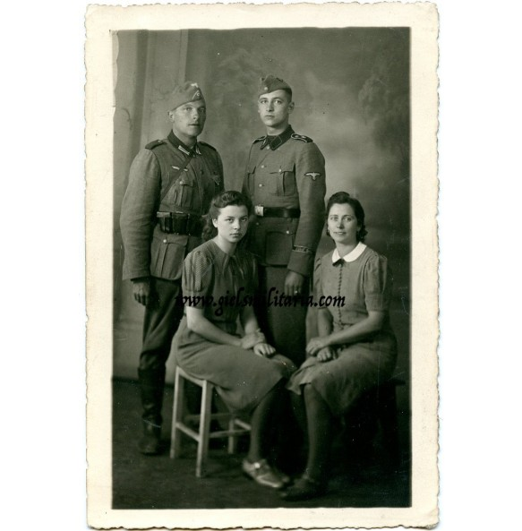 SS Portrait LSSAH with family