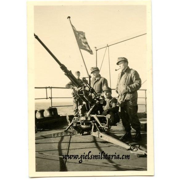 Private snapshot Kriegsmarine/Luftaffe mountain trooper flak crew!