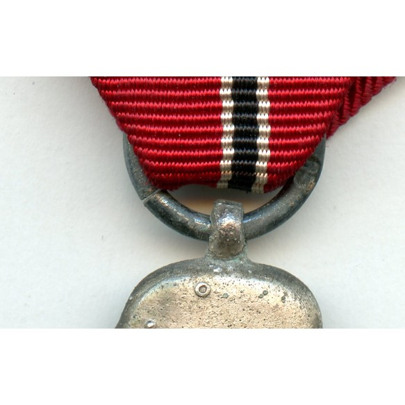 """East front medal by Klein & Quenzer """"65"""""""