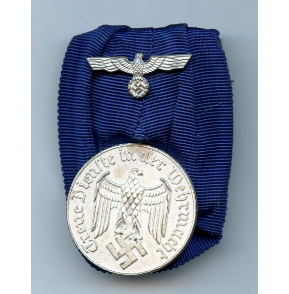 Army 4 year service medal, single mount.